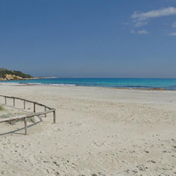 La spiaggia di Simius